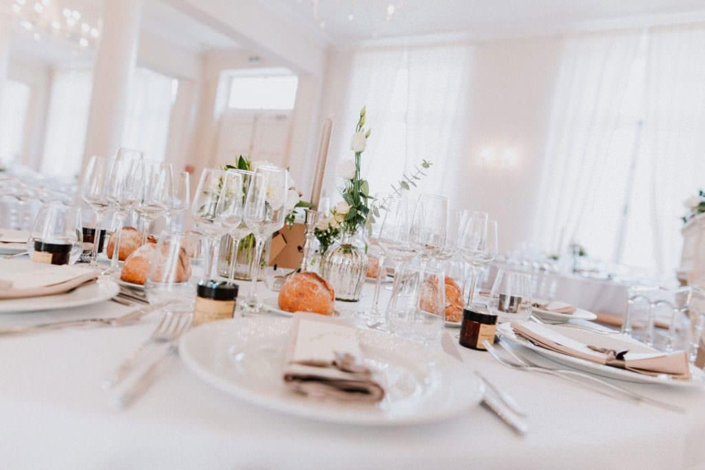 table décorée pour mariage à Bordeaux.