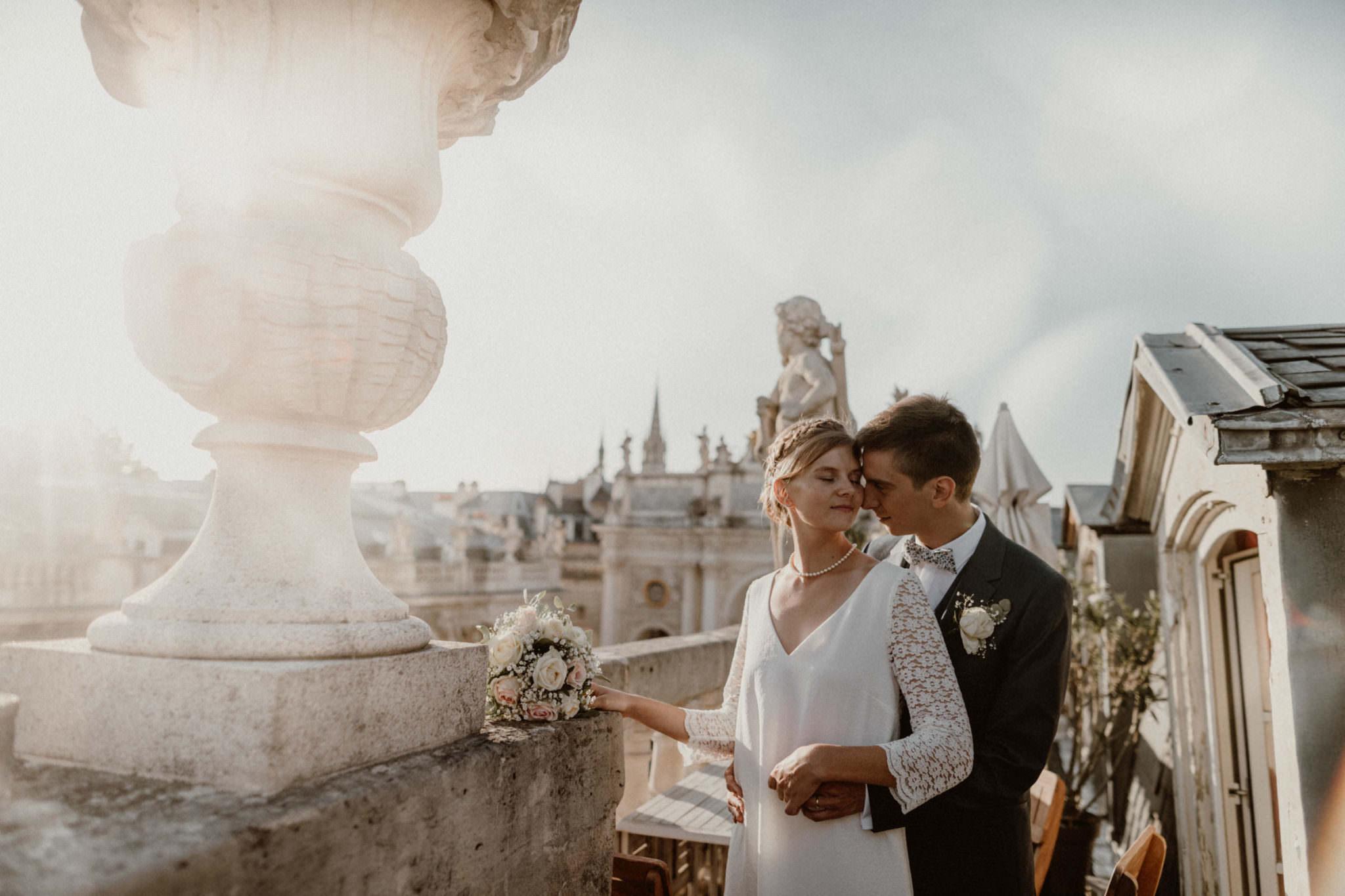mariés sur le toits de la place stanislas à nancy