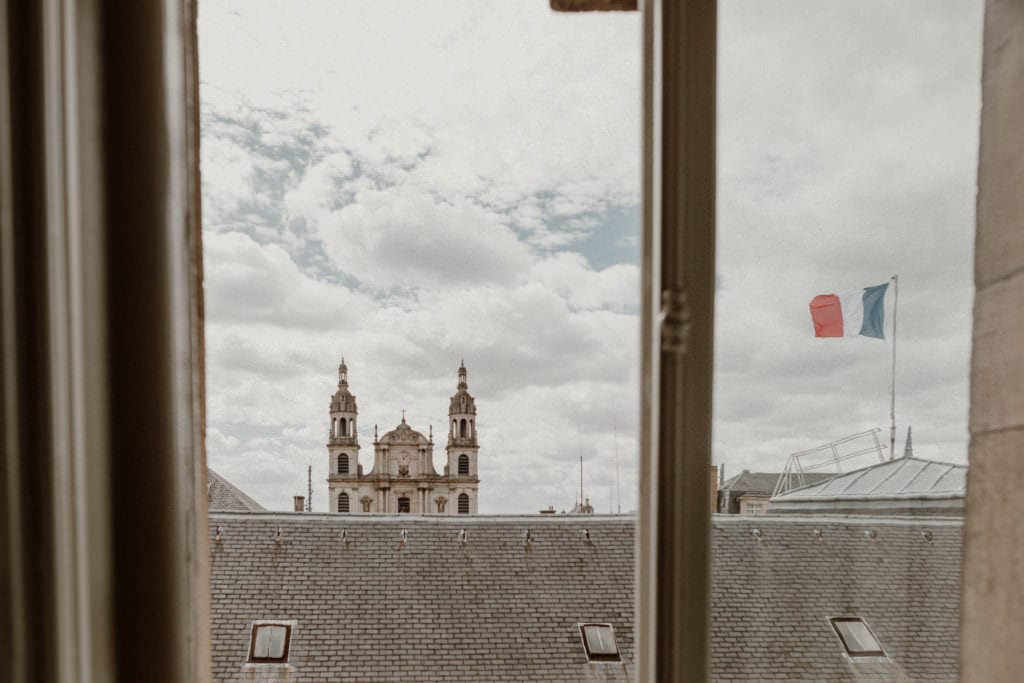 vue des toits de nancy et de la cathédrale